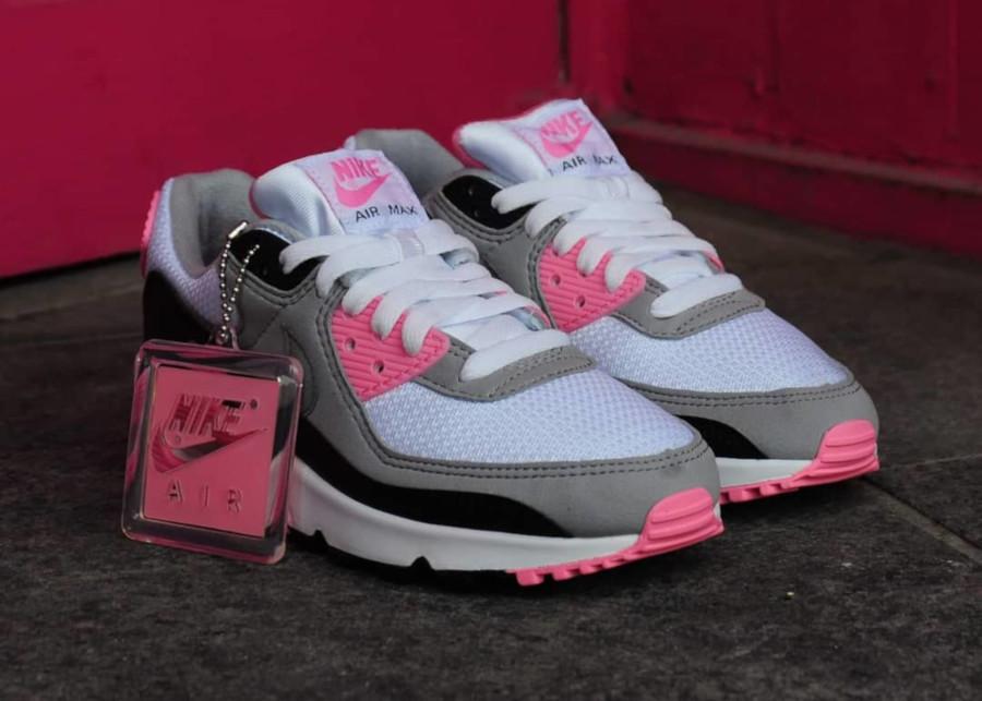 air max 90 og femme,https www.lesitedelasneaker.com 2019 11  nike-air-max-90-og-30th-anniversary-pink-blue